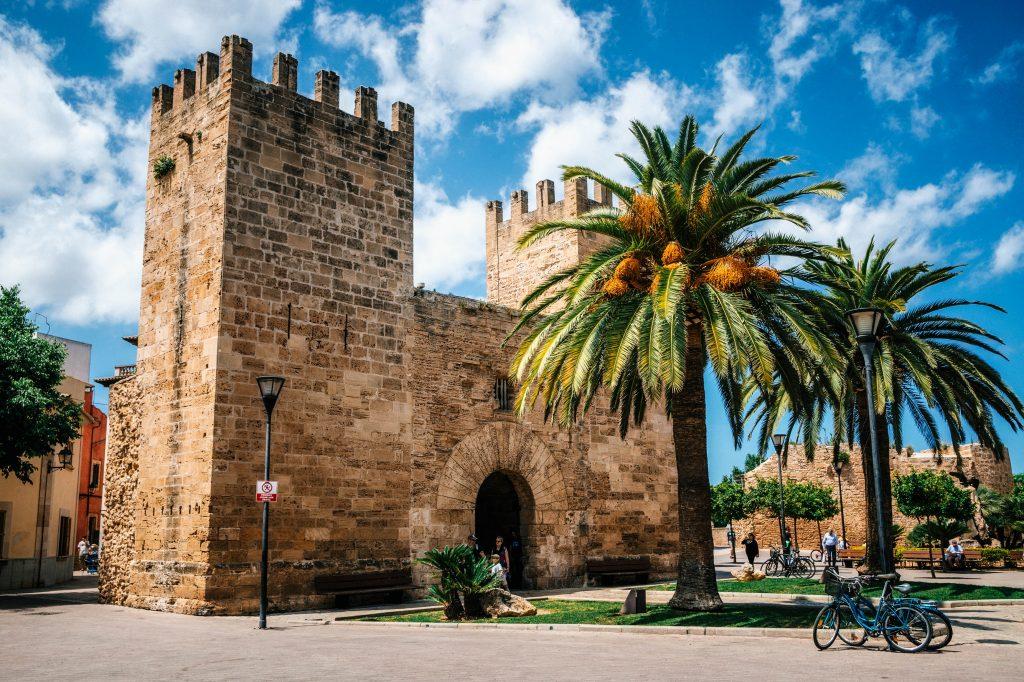 tips Mallorca,stadsmuur Alcudia