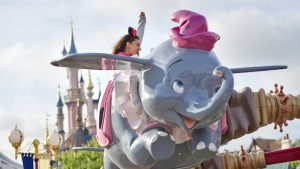 kinder attracties,dumbo the flying elephant,olifantjes disneyland parijs