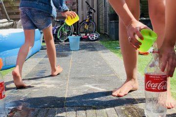 waterspelletjes,tips spelen met water,warm weer tips kinderen,spelletjes voor in de tuin bij warm weer
