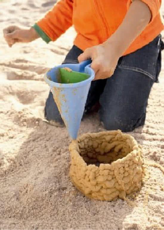 strandspeelgoed,kloddertrechter