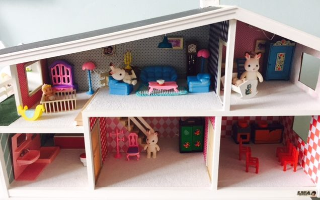 lundby poppenhuis,lundby dollhouse,restyle lundby dollhouse,zelf opknappen poppenhuis,poppenhuis van lundby,vintage poppenhuis opknappen,poppenhuis kopen,mooi poppenhuis,leuk poppenhuis