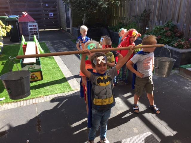 superhelden kinderfeestje,superhelden partijtje,jongens feestje