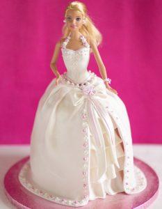 kinder verjaardagstaarten,barbie taart,prinsessentaart
