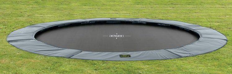 kindvriendelijke tuin,inbouw trampoline