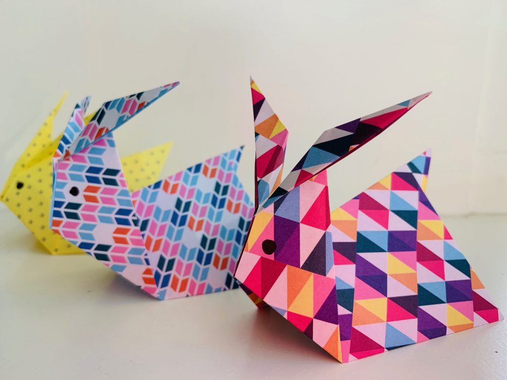 knutsel ideeen,paashaas knutselen,konijn vouwen,origami konijn,origami haas