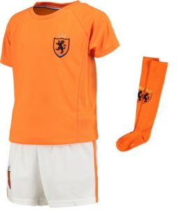 wk dames voetbal,meisjes voetbal tenue,meisjes tenue nederlands elftal,oranje meisjes tenue