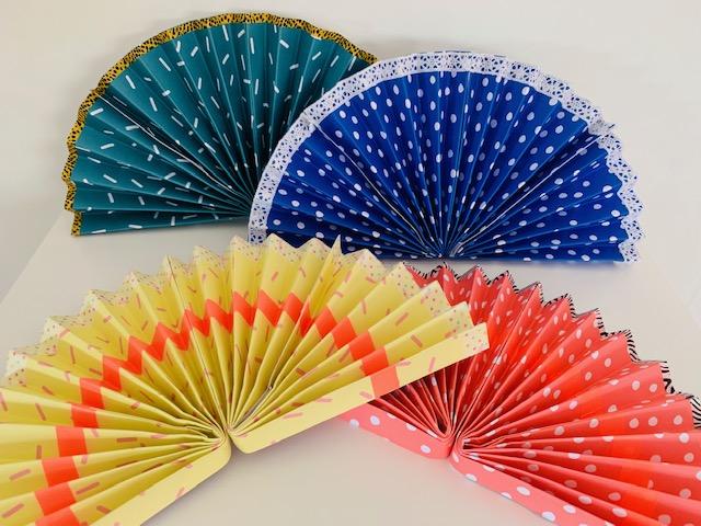zomer knutselen,waaier knutselen,zelf een waaier maken,waaier papier,knutsel tip zomer