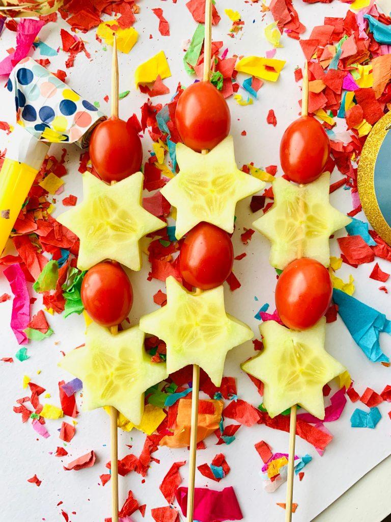 oud en nieuw met kinderen,komkommer kerst spiezen,groentespiezen