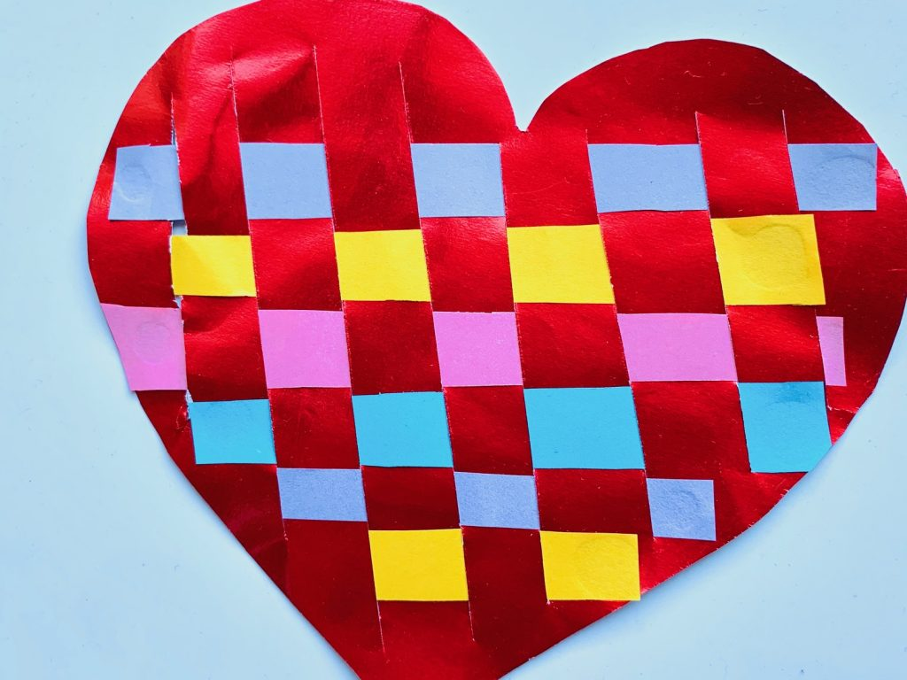 moederdag knutselen,hart knutselen,hart weven,weef idee