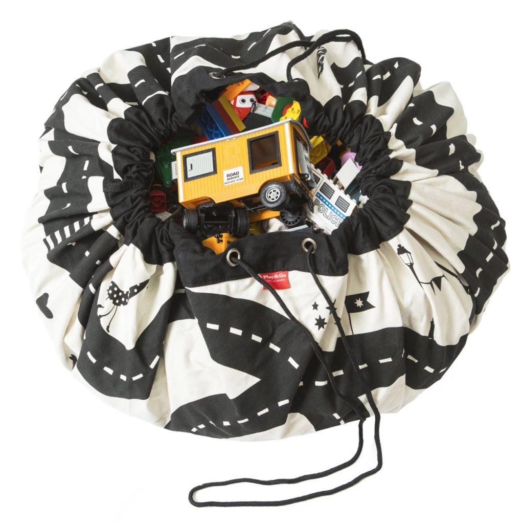 opruimen,speelgoed opruimen,opbergzak,speelmat,speelkleed,play and go opbergkleed en speelmat,tips opruimen met kinderen