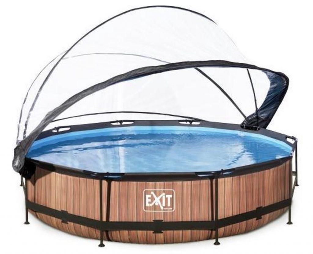 houten zwembad met overkapping,exit zwembad
