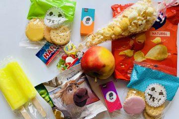 corona proof traktaties,corona verjaardag,jarig corona tips,tips verjaardag corona,trakteren corona,hygienische traktaties,zakjes snoep,zakjes chips,lik koekjes,rozijntjes,appel