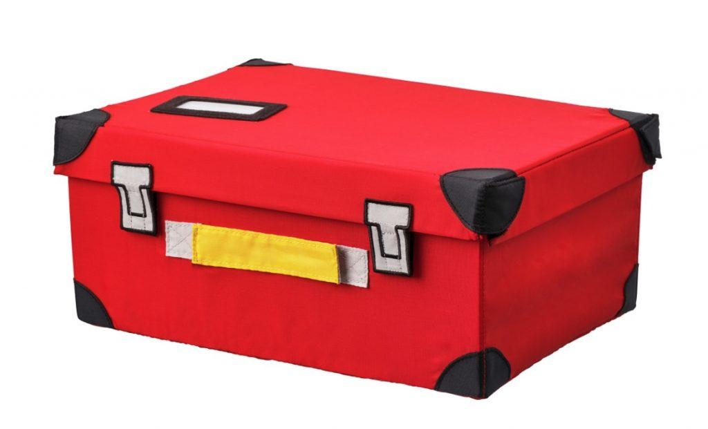 racekamer,auto koffer,rode opberg koffer,flyttbar koffer voor speelgoed ikea,auto kamer