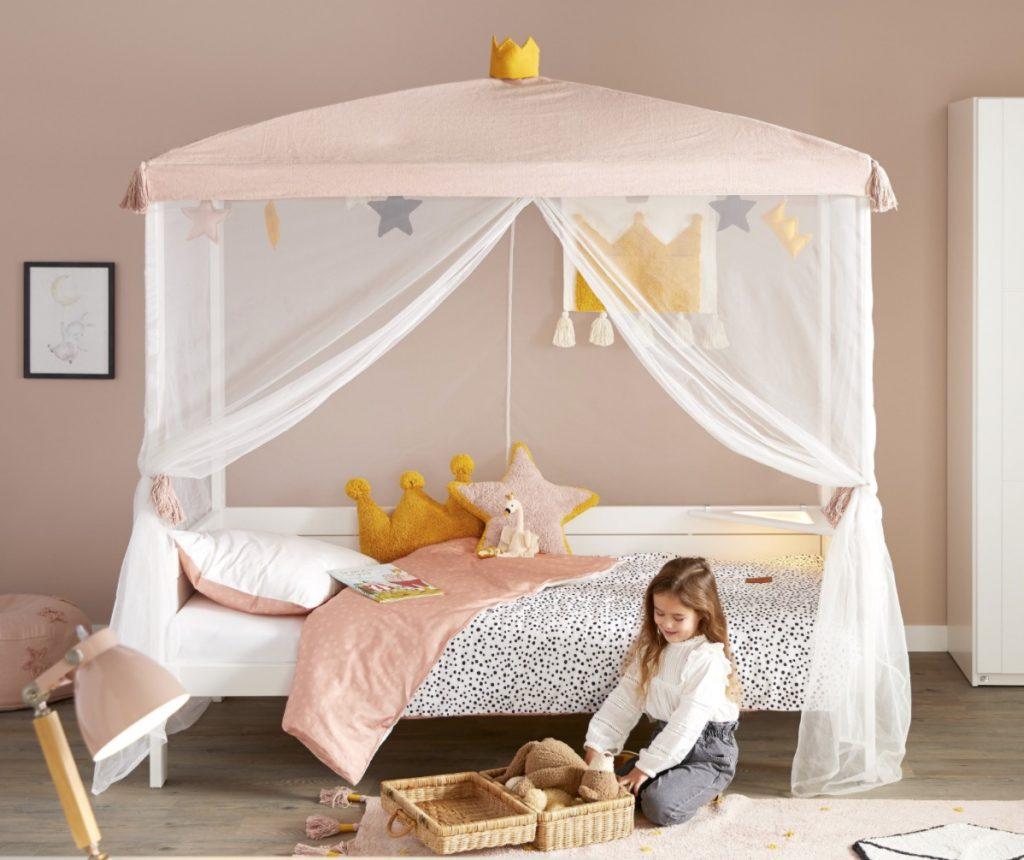 prinsessen kamer,prinsessenbed,prinsessen slaapkamer,meisjes kamer,roze slaapkamer,hemelbed,kinder hemelbed,lifetime kidsrooms princess bed