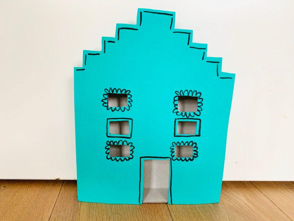 sinterklaas knutselen ideeen en tips,hollands huisje knutselen,grachtenpand knutselen,knutsel idee 5 december
