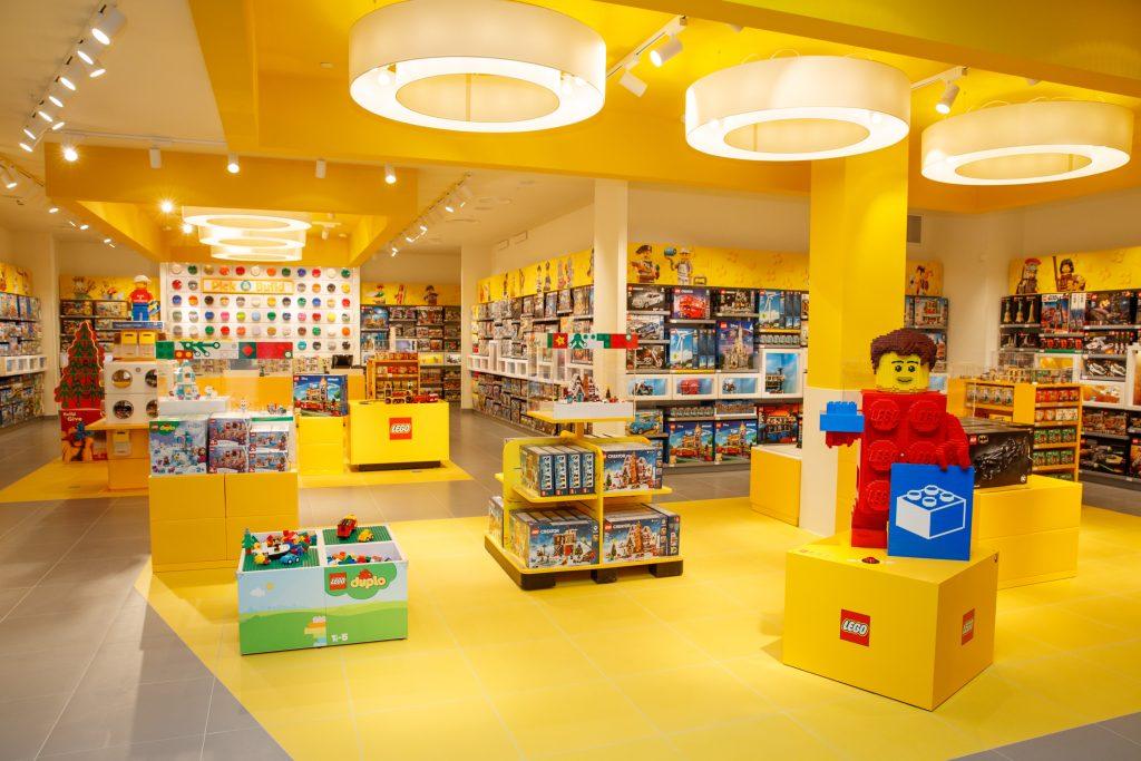 lego winkel leidschendam,lego store leidschendam westfield mall of the netherlands