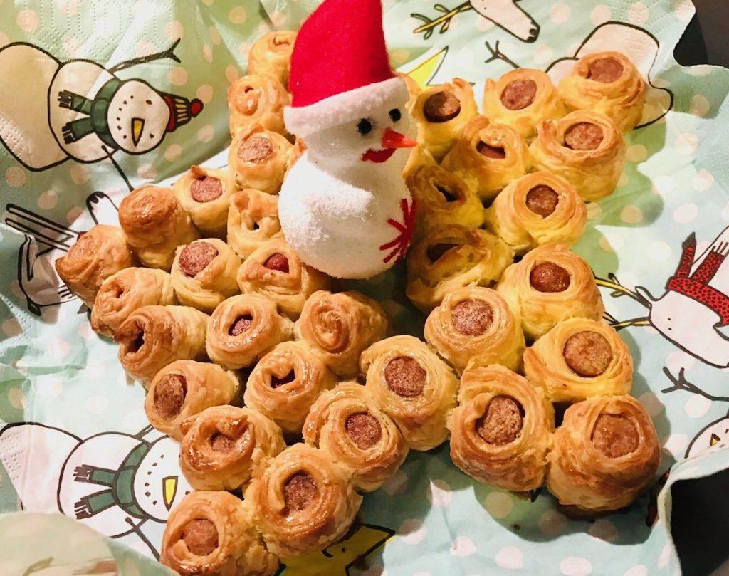 kerstontbijt met kinderen tips en ideeen,worstenbroodjes,bladerdeeg met worst,ster worstenbroodjes
