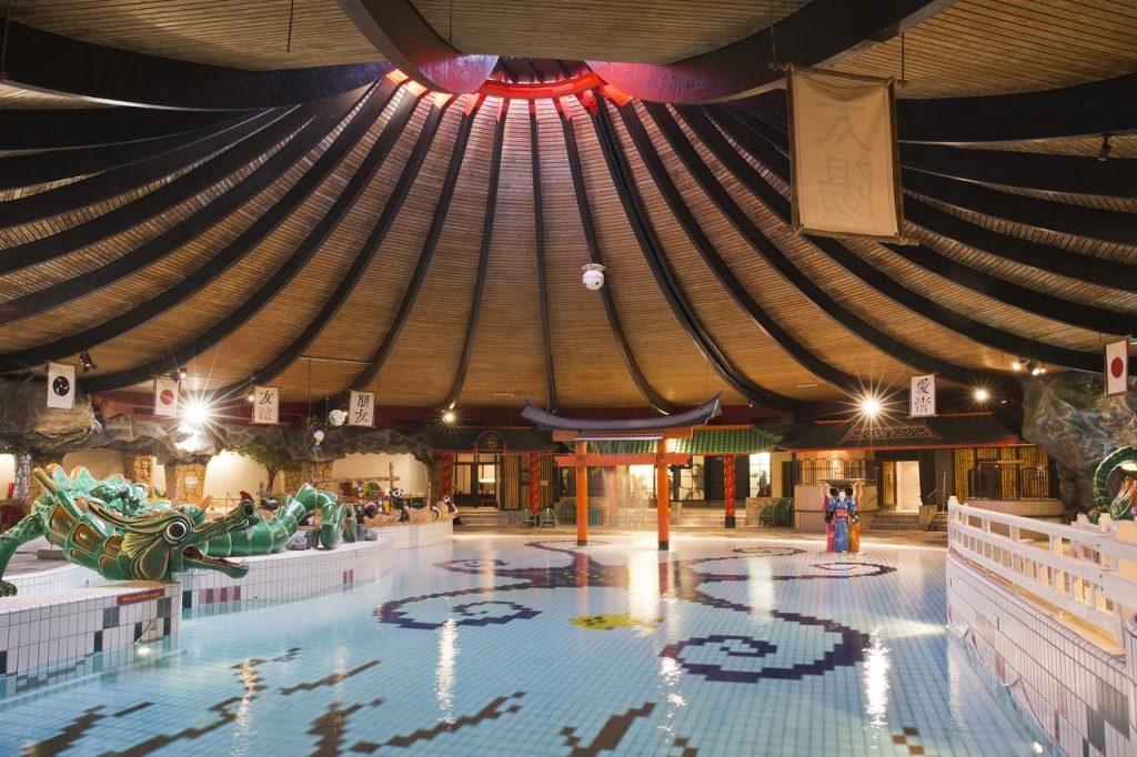 zwembad de bonte wever in assen,leuke familiehotels in nederland,leuke hotels voor gezinnen in nederland,familiehotel drenthe,all inclusive hotel in nederland