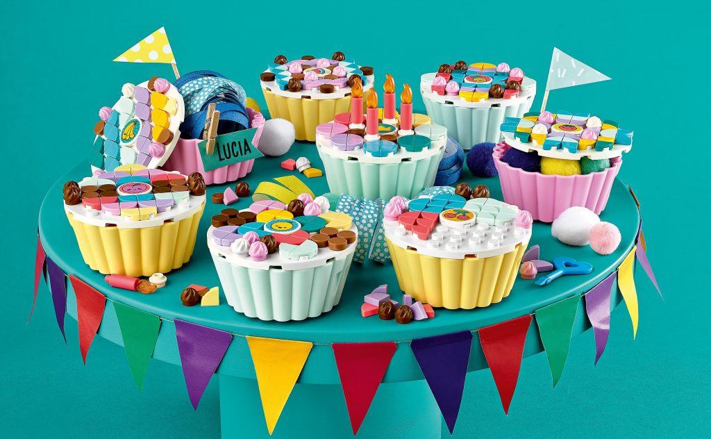 nieuwste lego sets,lego dots creatieve feestkit 41926,cadeau tip meisje 6 jaar,cupcakes versieren lego,idee kinderfeestje,kinderpartijtje tip